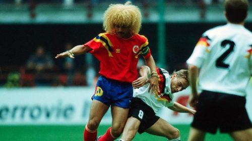 La star colombienne Valderrama face à l'Allemagne à la Coupe du monde 1990.